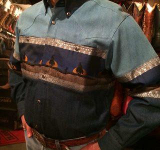 chemise-western-country-Stars-and-Stripes-motif-loup-bleue-color-bleue-homme-la-joya-